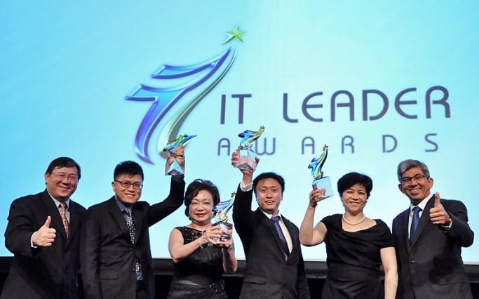 header-it-leader-award